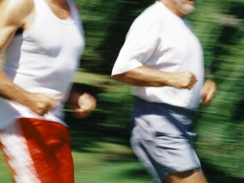 The older you are, the more you get out of exercising. But middle-aged men should be careful not to overexert themselves when jogging. They should strive to feel just a little breathless during their jogging, not too much. (Photo: Colourbox)
