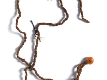 A string of amber beads that the woman from Huldremose wore around her neck. (Photo: the National Museum of Denmark)