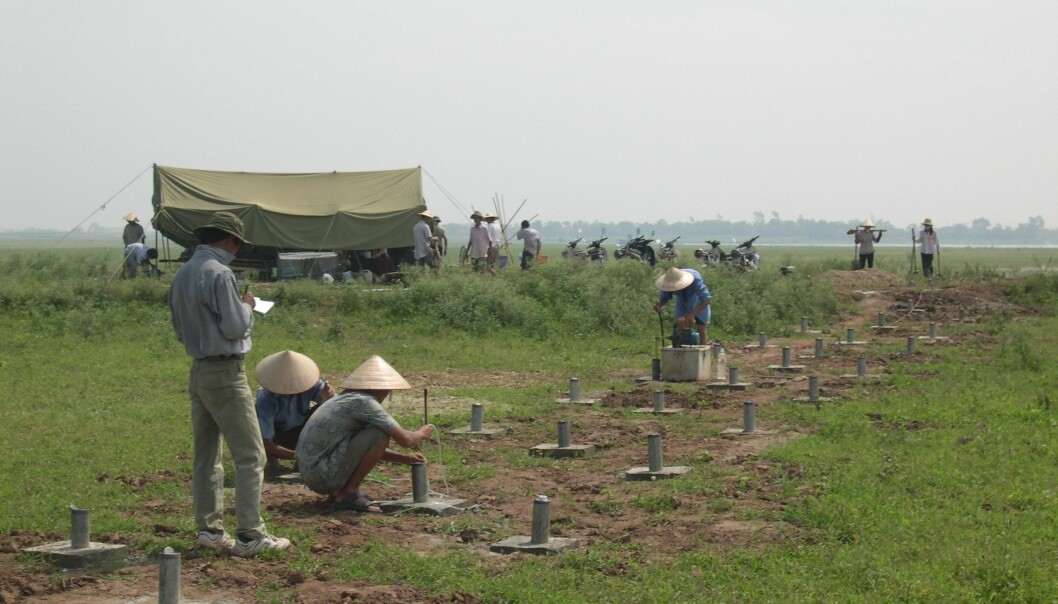 Vietnamese and Danish geologists have sunk test wells in the underground along Vietnam's Red River for the past eight years. The geologists have now discovered why there is more arsenic in the groundwater at some locations than at others. (Photo: Flemming Larsen)