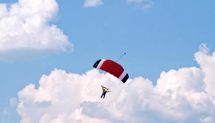 Skydiving against gambling