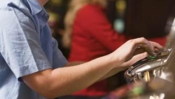 Online betting reawakens old gambling problems