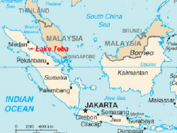 The volcano Toba is located in Indonesia on the island Sumatra, which lies close to the equator. (Map: the CIA World Factbook)