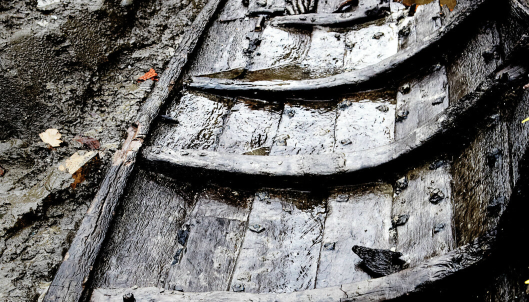 The rowboat from Vordingborg as it was found in the old moat. (Photo: Anders Wickström, The Danish Castle Centre)