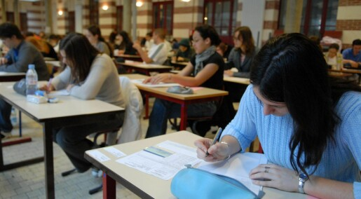 Neurotic and anxious students do better in school