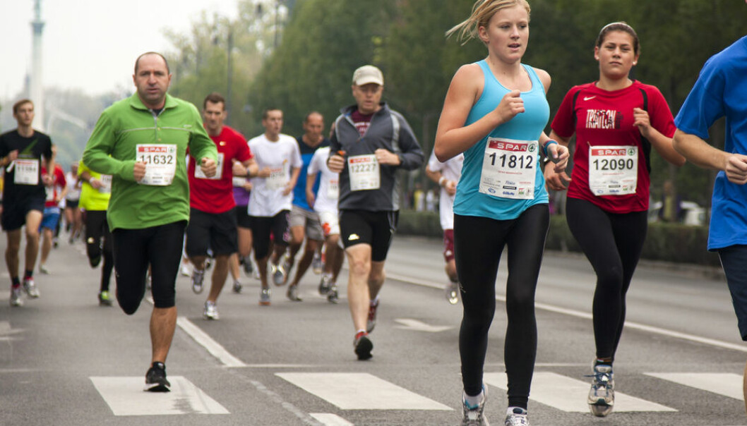 Consuming the right amount of energy improves your marathon time more than many hours of extra training would, a new study suggests.(Photo: Shutterstock)