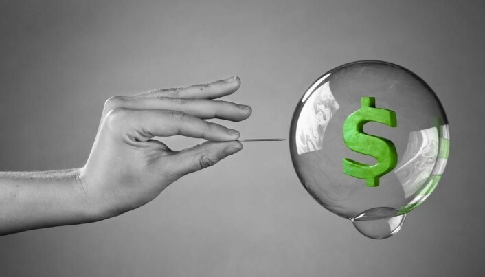 Excessive funding for popular research creates science bubble