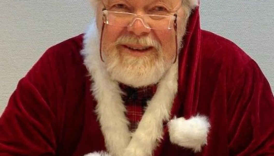 A friendly-looking, white-bearded professor at Glostrup Hospital in Denmark played the parts of Santa Claus and a doctor in the study. (Photo: Glostrup Hospital)