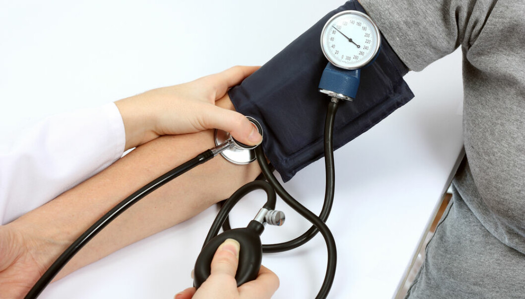 In the new study, researchers used an ordinary blood pressure cuff, which was attached to the patient's arm, blocking the blood supply for five minutes at a time. The treatment was repeated up to four times. (Photo: Shutterstock)
