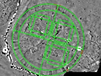 The green lines show the floor plan of the viking Fortress 'Fyrkat' placed on top of the Vallø Borgring site. The researcher expect the fortress to have the same shape as the fortress 'Fyrkat'. The red dots show where they have excavated. (Photo: Danish Castle Centre)