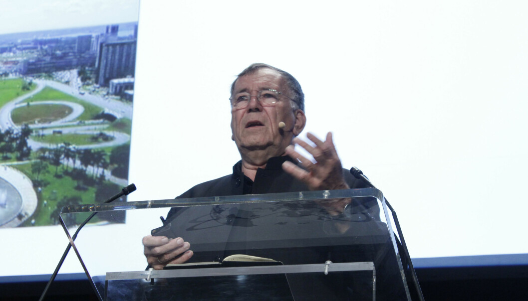 Jan Gehl is sick of architects making so-called 'bird shit architecture', where grand designs are seemingly dotted on the map at random, making city planning only visible from above. (Photo: Anne Marie Lykkegaard)