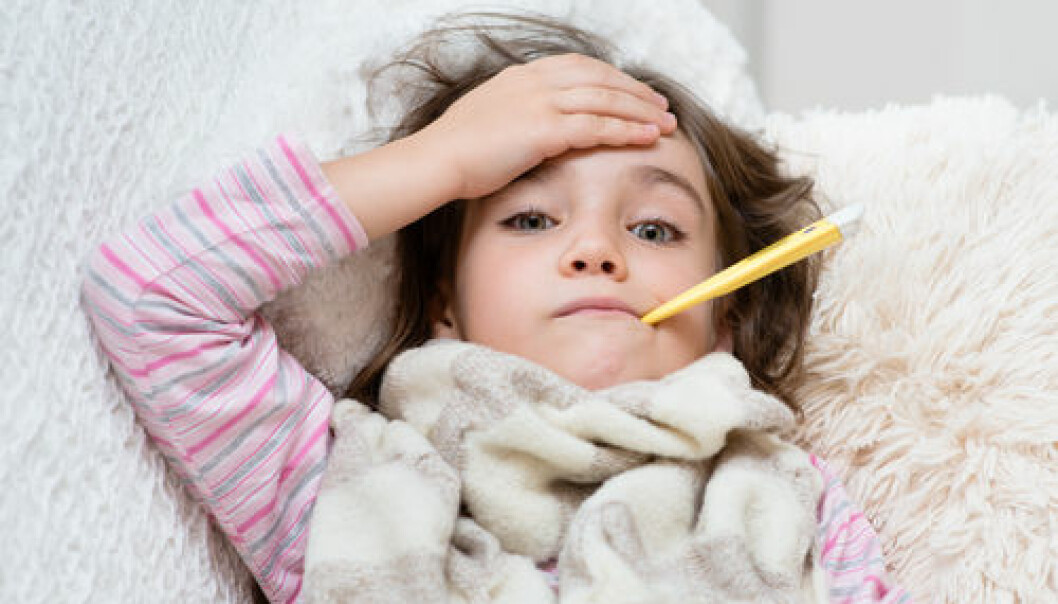 "Febrile seizures are a well-known side effect of MMR vaccination. Until now, it was not known what triggered these seizures. Danish research has now shown that there are genetic reasons behind. (Photo: <a href=""http://www.shutterstock.com/da/pic-217068745/stock-photo-sick-girl-lying-in-bed-with-a-thermometer-in-mouth-and-touch-his-forehead.html?src=XrufDEjose0YeFxAxQMxrg-1-23&awc=5876_1415651813_0db89bd3a1b52eacddfd6e3fb1d919ed"" target=""_blank"">Shutterstock</a>)"