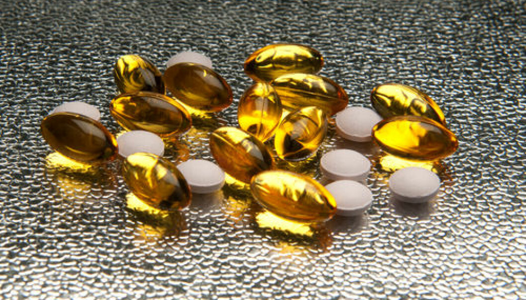 "New study points to connection between high vitamin D levels and an increased risk of heart attack. The study is based on blood samples taken from almost a quarter million patients who had their vitamin D concentration measured. (Photo: <a href=""http://www.shutterstock.com/pic-123549553/stock-photo-closeup-of-vitamin-e-and-vitamin-d-capsules-on-metallic-background.html?src=csl_recent_image-4"" target=""_blank"">Shutterstock</a>)"