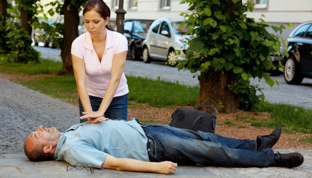 If you see somebody collapse on the street give them first aid immediately. (Photo: Shutterstock)