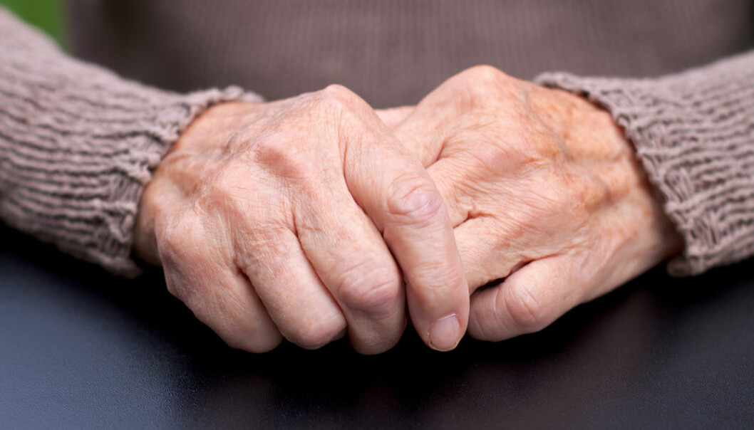 "Many cases of Parkinson's appear to start in the gut, new research shows. The new findings may bring us closer to understanding the causes of Parkinson's disease. (Photo: <a href=""http://www.shutterstock.com/da/pic-216445819/stock-photo-picture-of-a-wrinkled-elderly-hand.html"" target=""_blank"">Shutterstock</a>)"