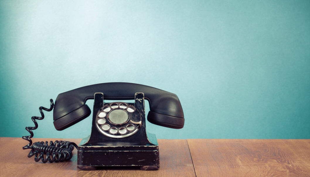 "Social media is being used as never before. A new research project will examine what our old phone habits have in common with how we use Facebook today. (Photo: <a href=""http://www.shutterstock.com/da/pic-156920240/stock-photo-retro-telephone-on-table-in-front-mint-green-background.html"" target=""blank_"">Shutterstock</a>)"