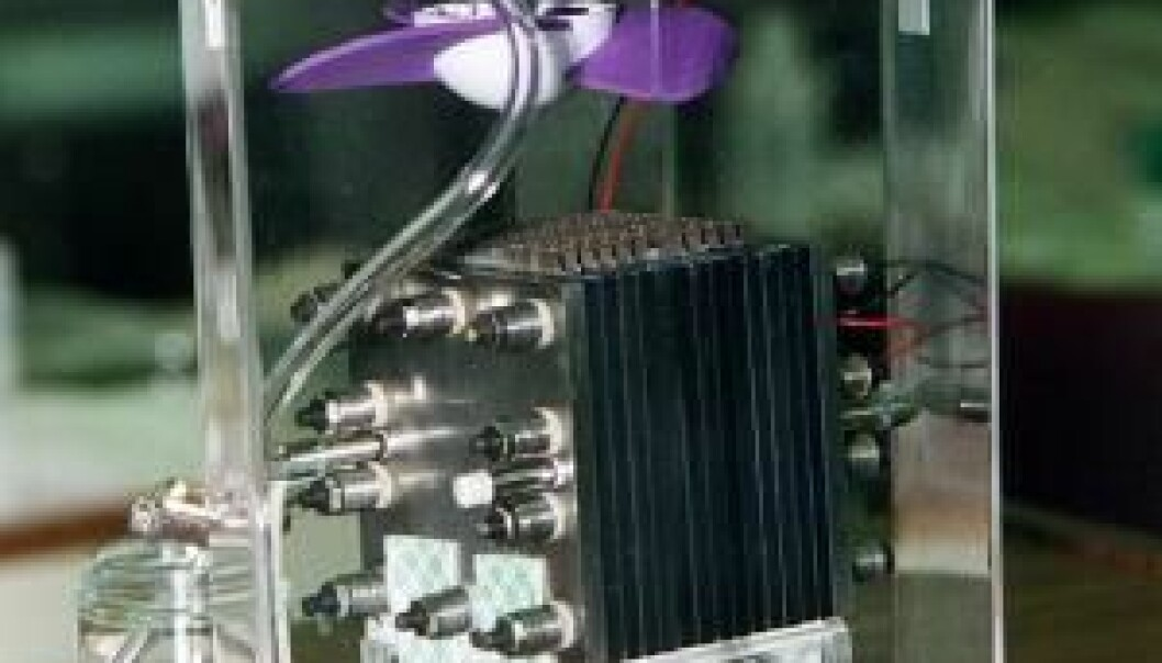This is what a fuel cell looks like. This particular cell uses methanol and was made by NASA. (Photo: NASA)