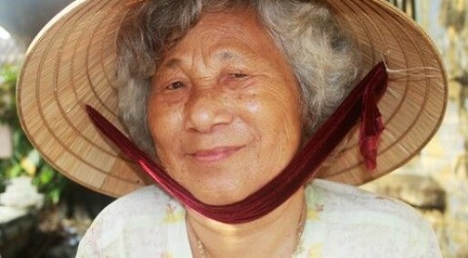 Vietnamese farmers smell health risk of faeces