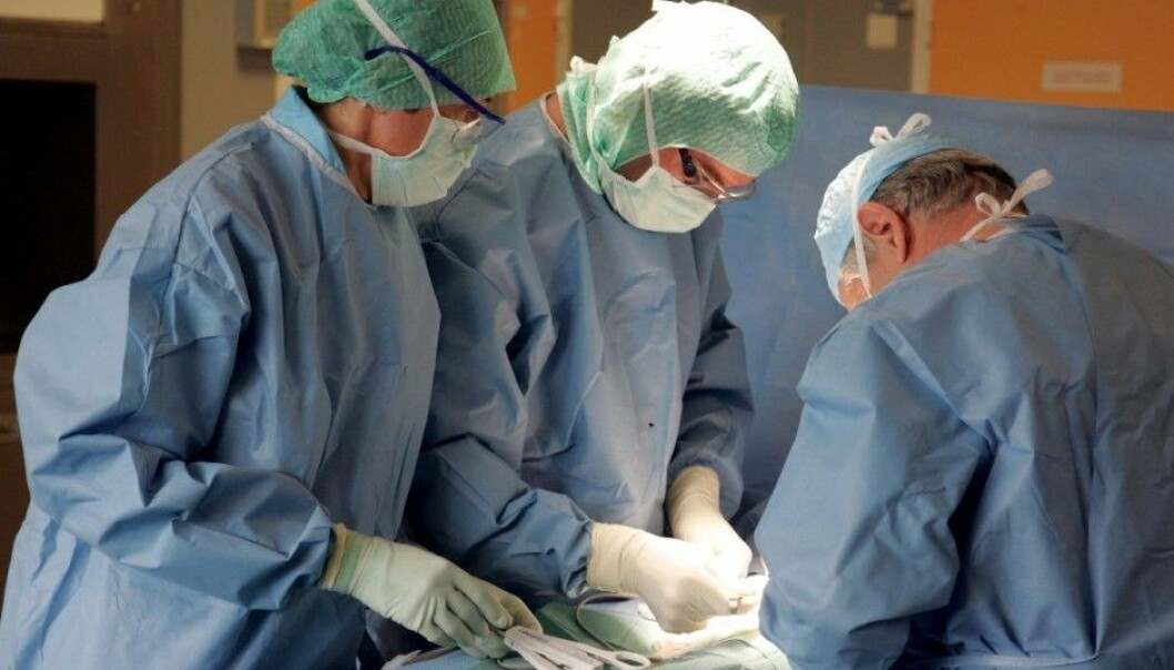 Does it matter which day of the week surgery is performed? Swedish researchers think they have found better prognoses among operations on Mondays and Tuesdays than on ones conducted during the last three weekdays. (Illustrative photo: Colourbox)