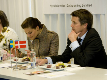 Denmark's Crown Prince, Frederik, and Sweden's Crown Princess, Victoria, have both tasted the newly developed dark chocolate. (Photo: University of Copenhagen)