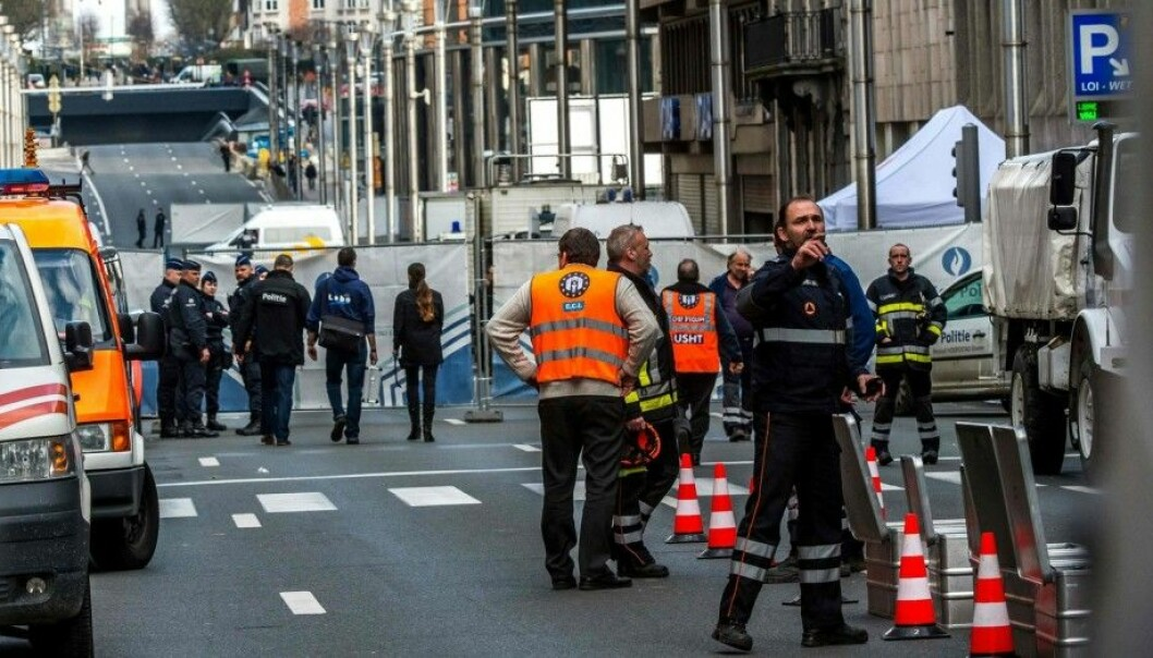 A Swedish study shows that a large percentage of the country's emergency personnel lack confidence in their own agency's capability to respond to a terrorist attack. The police expressed the most concern, with many police officers saying they don't know what they should do at the scene of an attack. The photo shows the aftermath of the terrorist attacks at Maalbeek subway station in Brussels. (Photo: NTB Scanpix)
