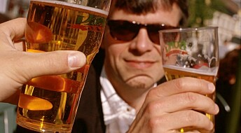 Do some people drink too much because of changes in the brain?