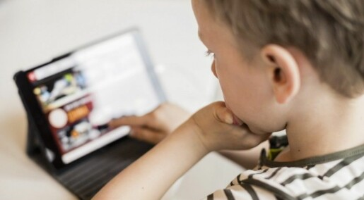 Kids are distracted by internet ads