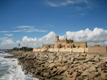 The Dansborg Fort in Tranquebar, India, was established by the Asiatic Company in 1620 CE. (Photo: Esben Agersnap / Wikimedia Commons)