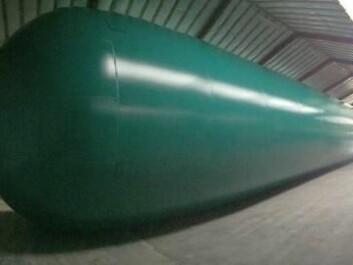 This balloon measures 35 metres long and five meters in diameter. (Photo: J. P. Steffensen)