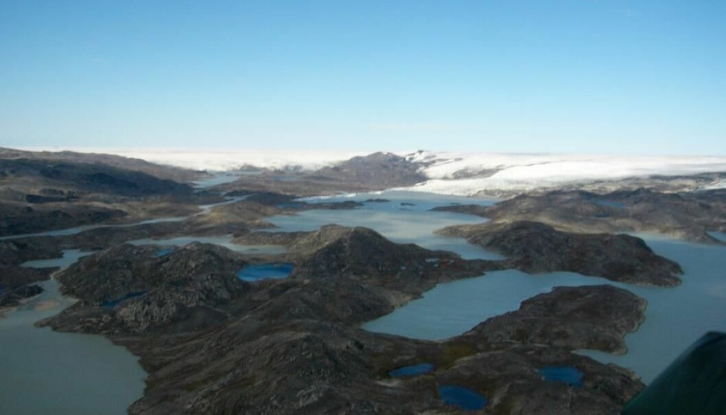Few places on Earth contain rock debris from Earth's early days. One of them is Isua in southern Greenland. Scientists say that they have found some of the earliest evidence for life on Earth embedded in the precious stones here. (Photo: Minik Rosing)