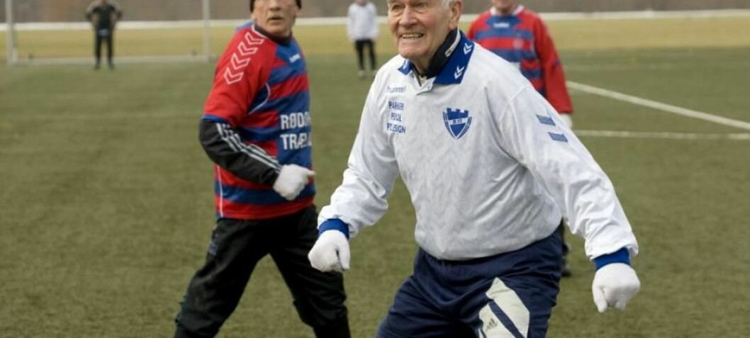 Playing football makes 70-year-olds' bones young again