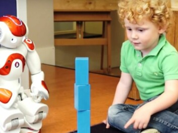 Here Nao the robot helps a toddler learn English in an experiment by researchers at Tilburg University in Germany. A lot of the research on the use of robots looks at possibilities in language teaching. (Photo: Tilburg University)