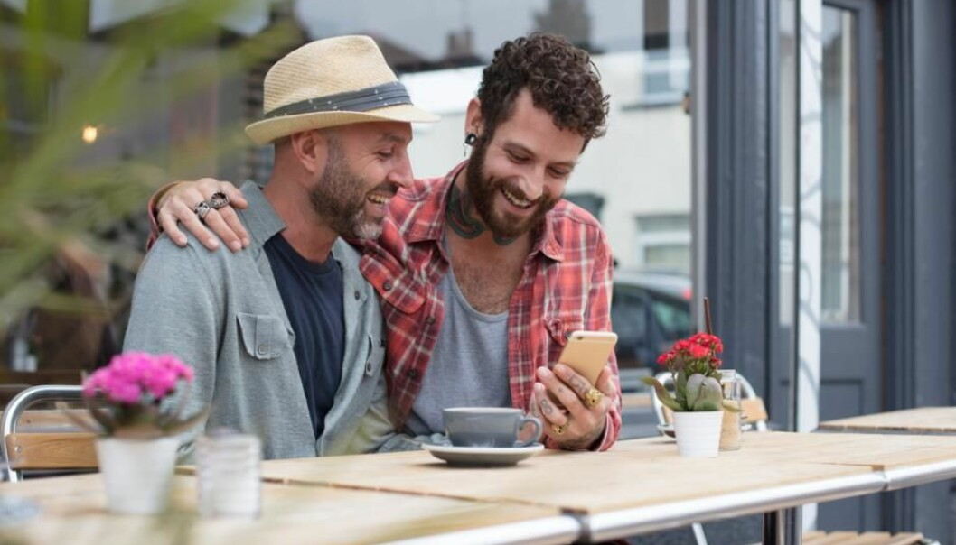 Some couples openly use Grindr, while others do not want to know what their partners use the app for. (Photo: Shutterstock)