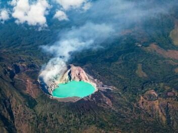 The Ijen volcanoes in Indonesia include the world's largest sulphuric acid lake. (Photo: Shutterstock)