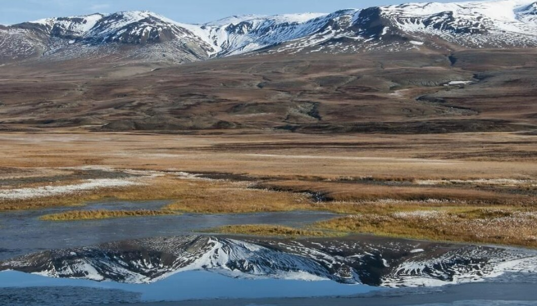 New study reveals detailed picture of temperature changes across Greenland and will help scientists studying permafrost in the ice-free margins of this huge country. (Photo: Bo Elberling)