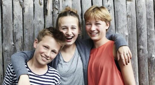 Sibling studies: Nature's own randomised trials?