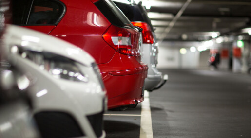 More people leave their car at home if they have to pay for parking at work
